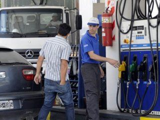 el gobierno no se reunio con las petroleras y congelara los precios por tres meses