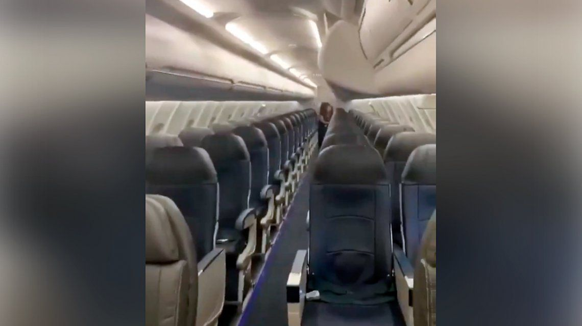 Se subió al avión y descubrió que era el único pasajero