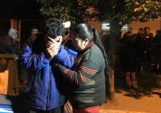 Familiares de Benjamín Amaya, el nene de 4 años ahorcado en Tucumán. Foto: La Gaceta
