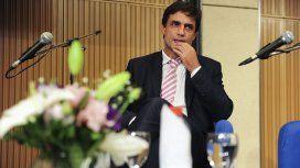 En medio de la crisis terminal del Gobierno, asume el nuevo ministro de Hacienda