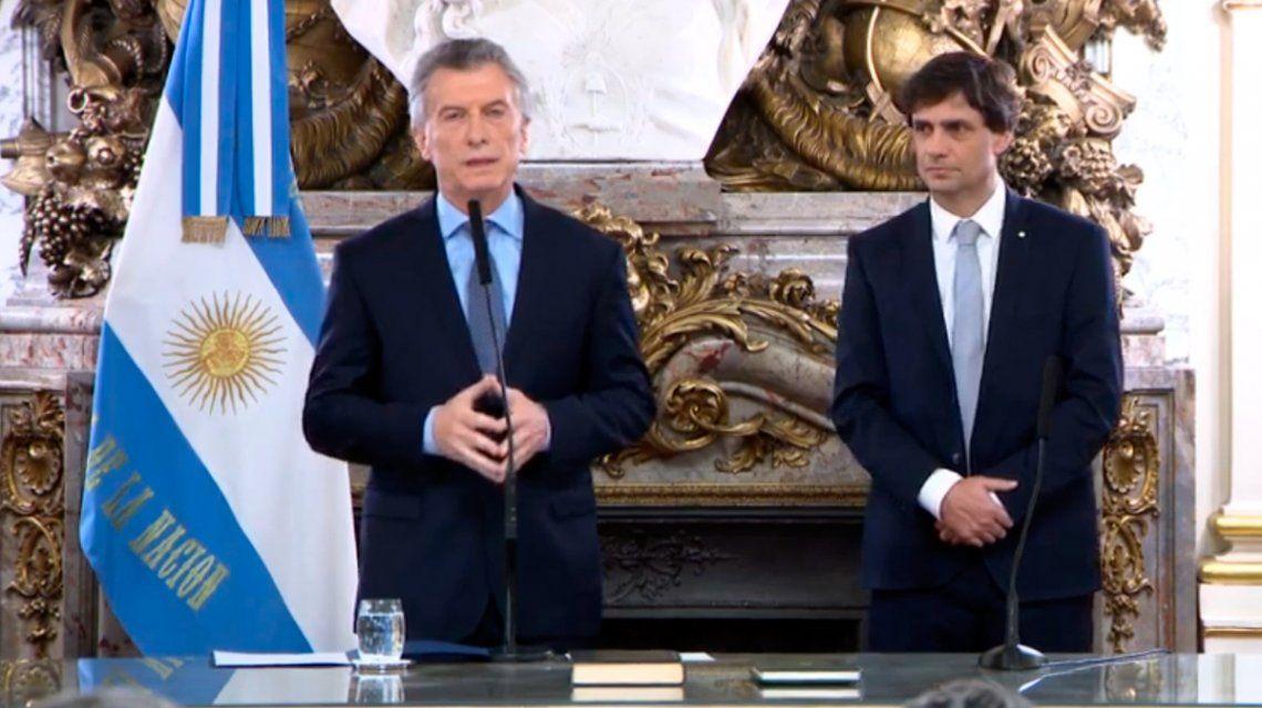 Lunes y Jorge Roberto: el furcio y chiste de Macri en la jura de Lacunza