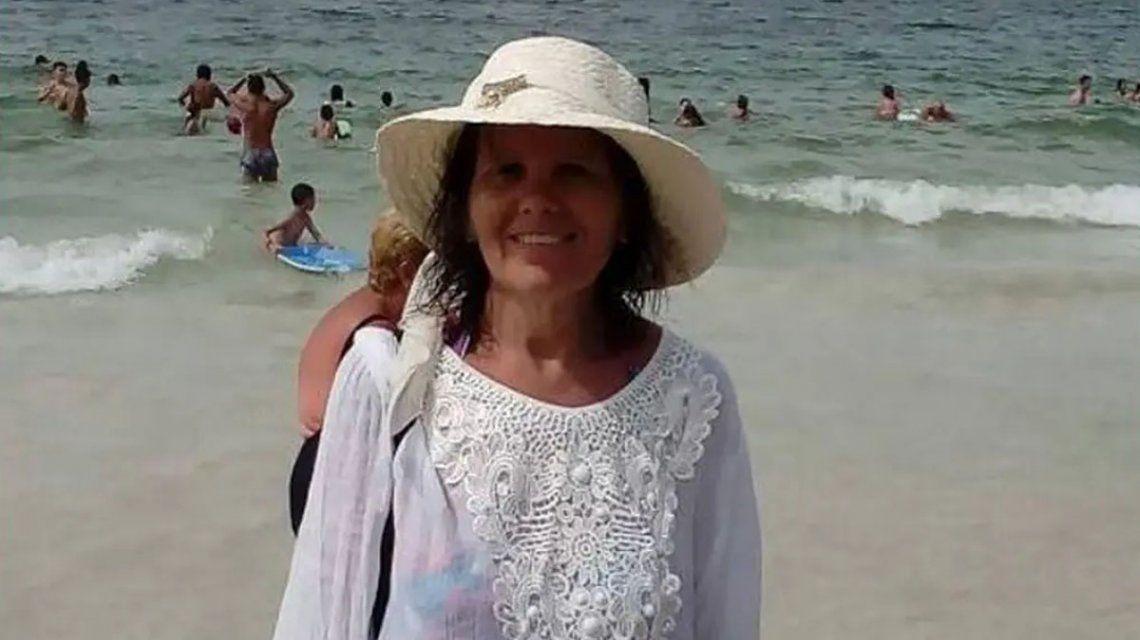 Tenía una orden de restricción contra su ex marido pero él la mató a puñaladas