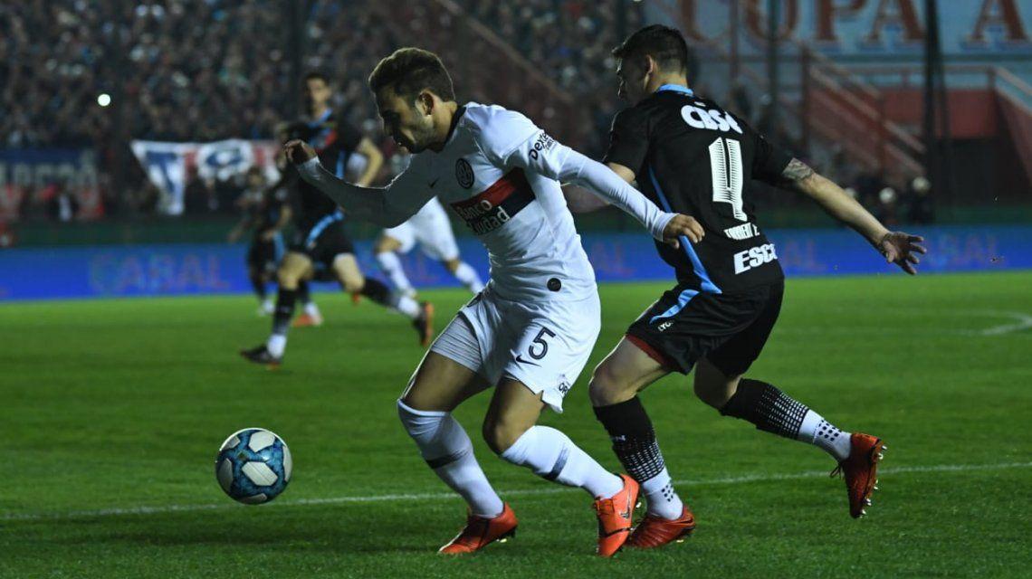San Lorenzo le ganó a Arsenal en Sarandí y se subió a la punta de la Superliga