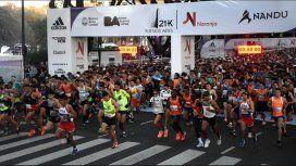 Se corre una media maratón en la Ciudad y hay varias calles cortadas