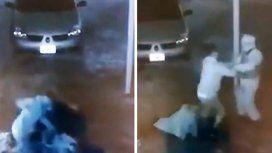 Brutal golpiza de un joven a su ex a la salida de un boliche
