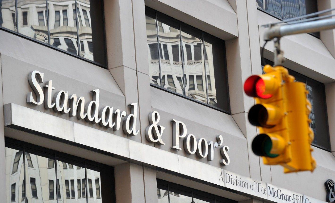 Standard & Poors sacó a Argentina de default selectivo, pero alertó por el futuro cercano