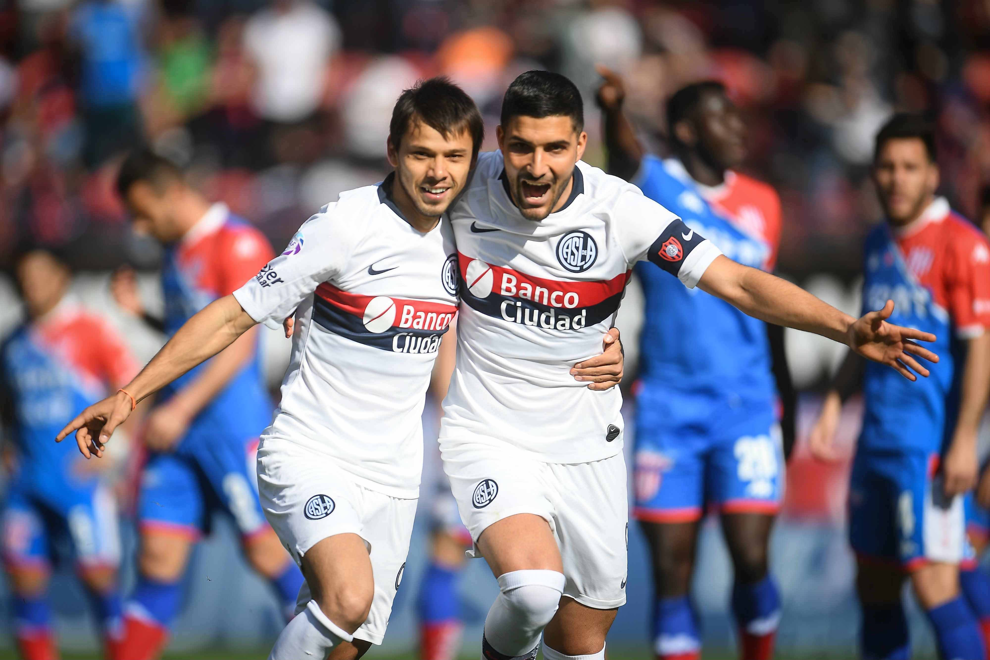 San Lorenzo le ganó a Unión y se afirmó en la punta de la Superliga