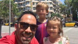 Luchas Heredia con sus hijos de 3 y 7 años