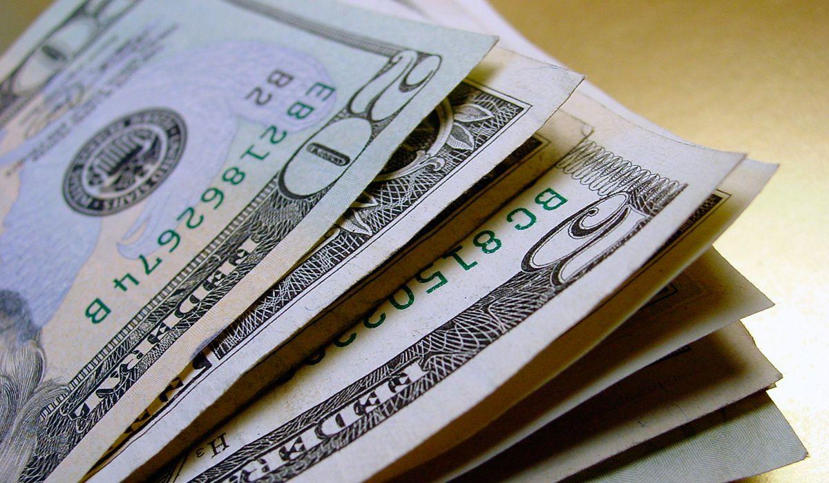 El dólar subió a $58,78 a pesar de los esfuerzos del Banco Central para contenerlo