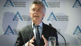 Macri enumeró ante empresarios logros que nunca alcanzó