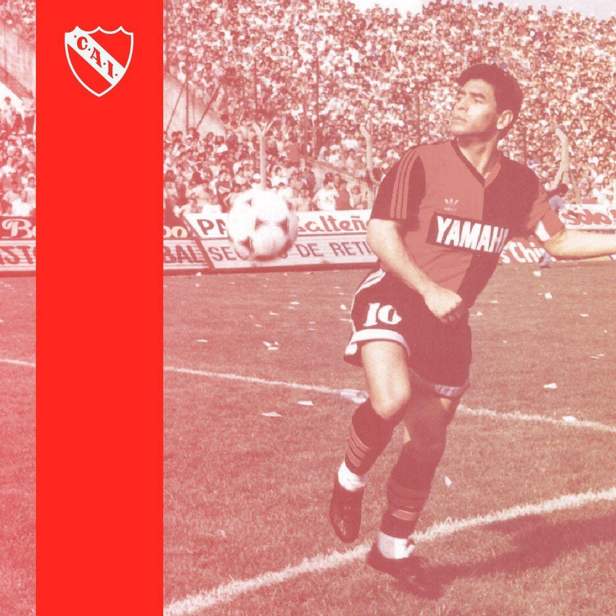 Independiente saludó efusivamente a Maradona