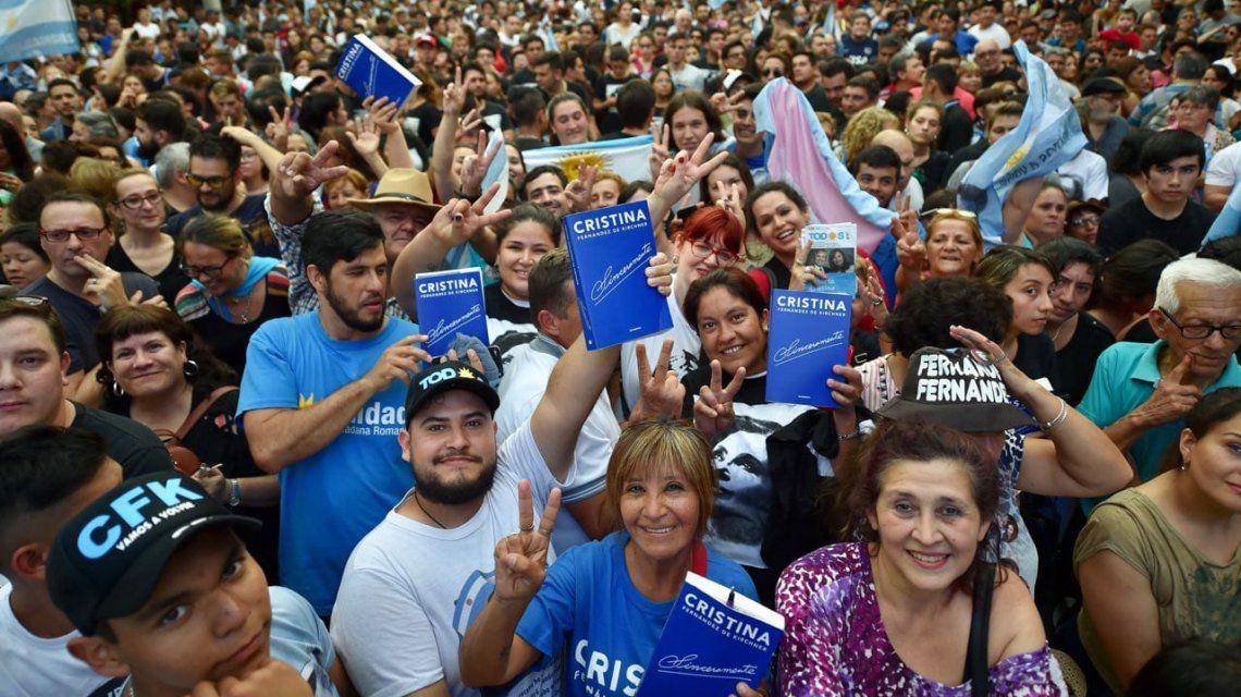STREAMING EN VIVO: Ante una multitud, Cristina presenta Sinceramente en Posadas