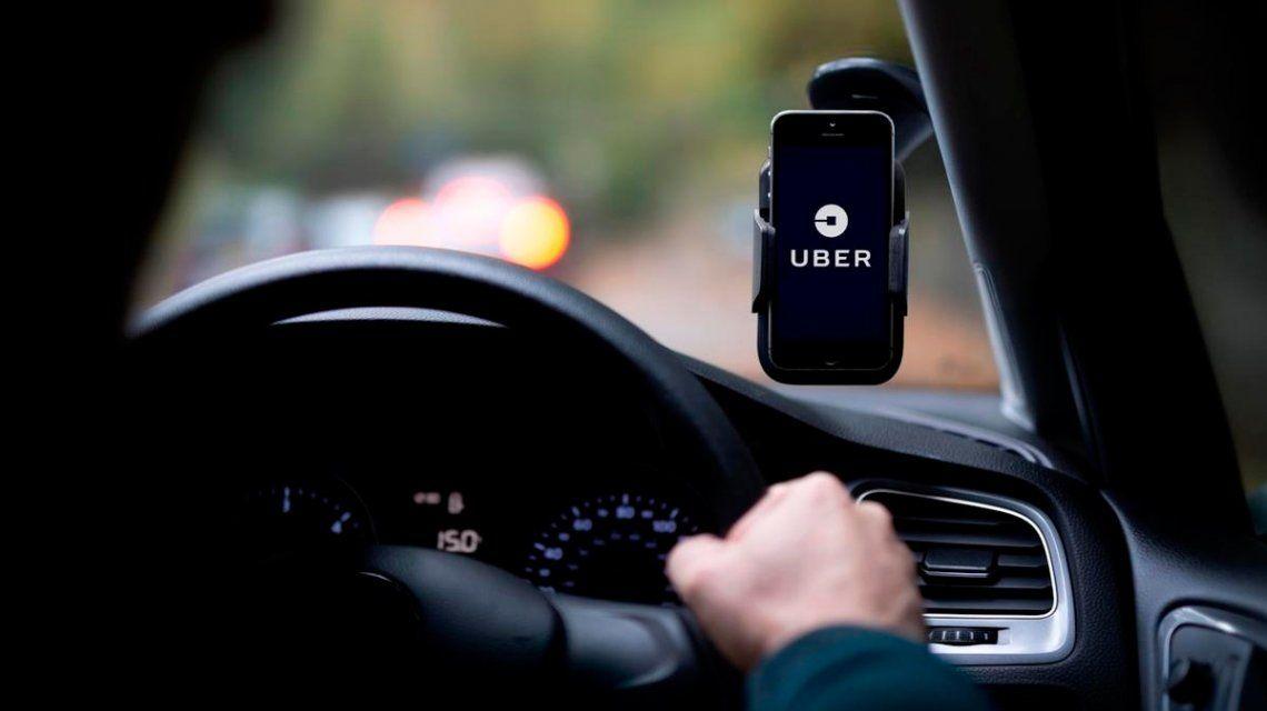 Es policía, maneja Uber y mató a un ladrón que le quiso robar el auto