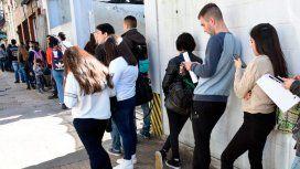 La desocupación subió al 9,7%: son más de 2 millones los desempleados
