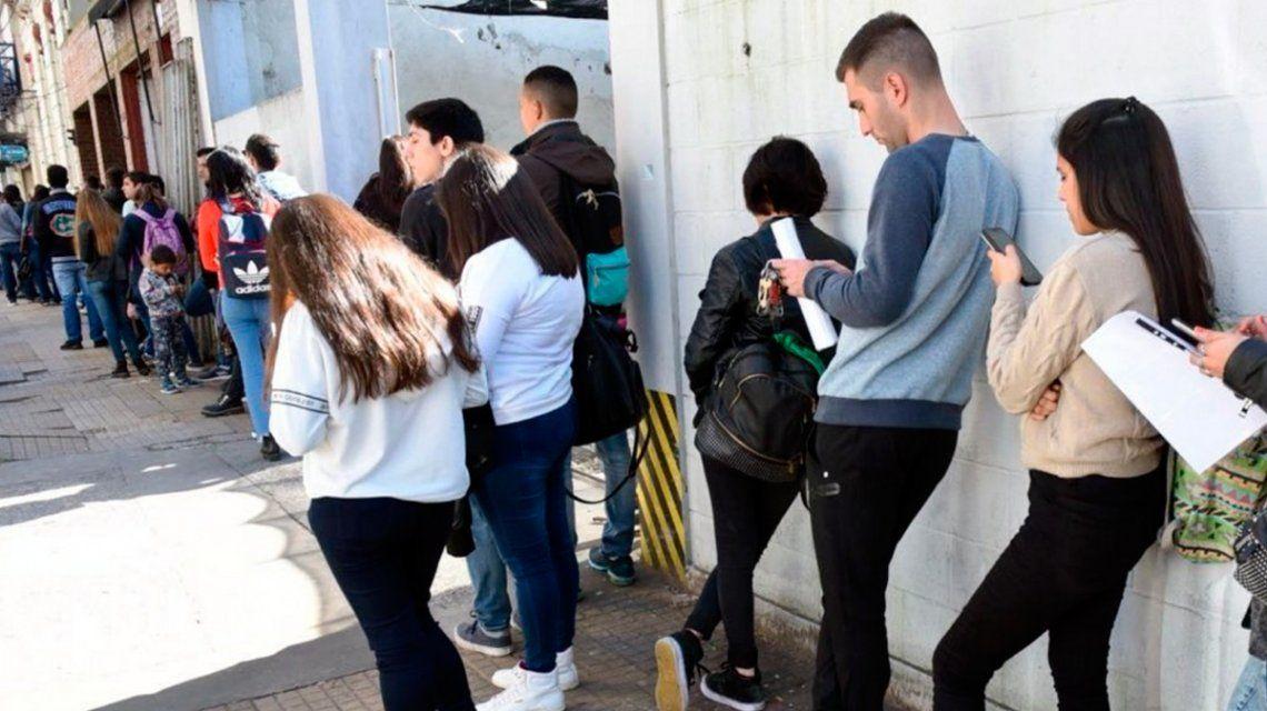 El desempleo subió al 10,6% y es el más alto en los últimos 13 años: hay más de 2 millones de desocupados