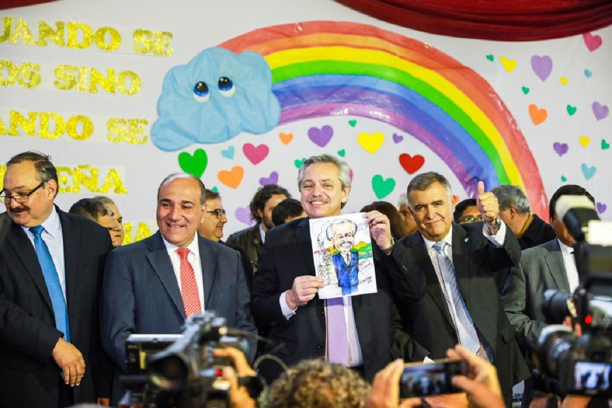 En el Día del Maestro, Alberto Fernández prometió trabajar para que todos los chicos tengan educación pública