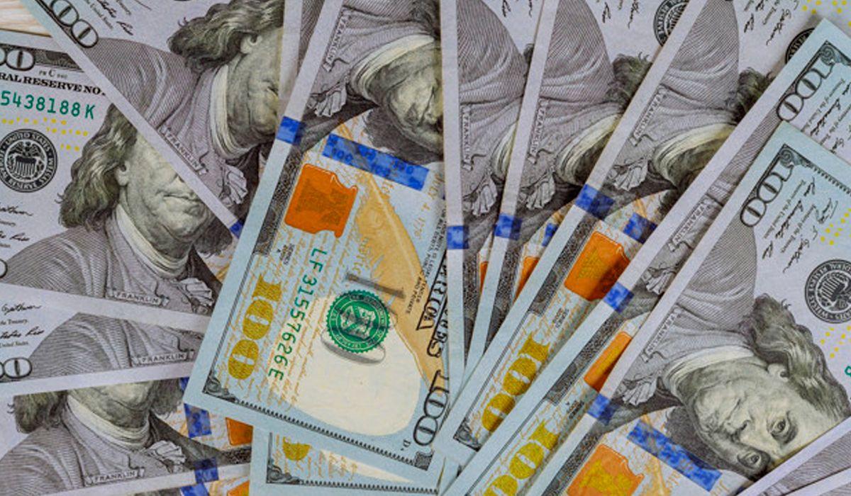 En medio de la incertidumbre, plataformas virtuales limitaron la compra y venta de divisas