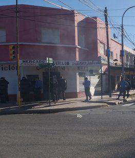 Incidentes en Plottier: atacaron el comercio de un supuesto sospechoso por el femicidio de Cielo
