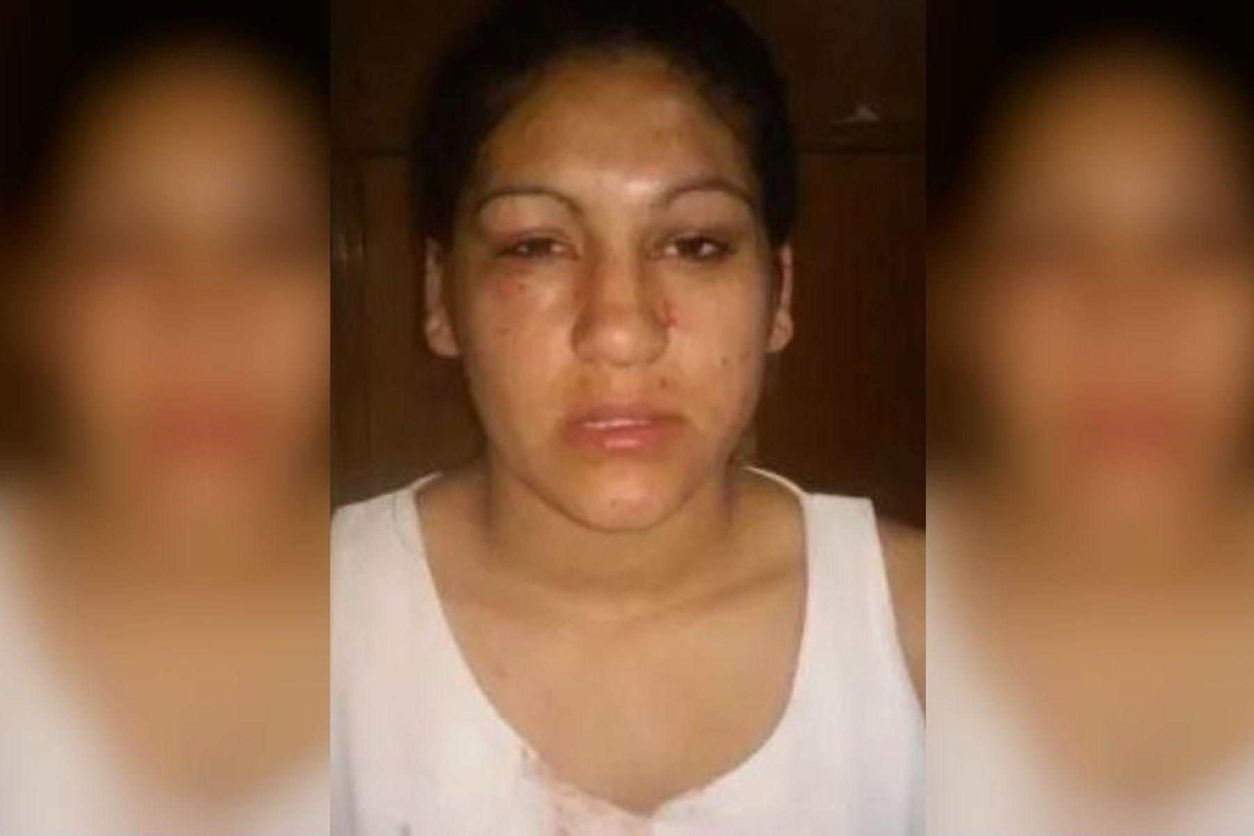 La golpearon con su bebé en brazos en Bernal por ser linda