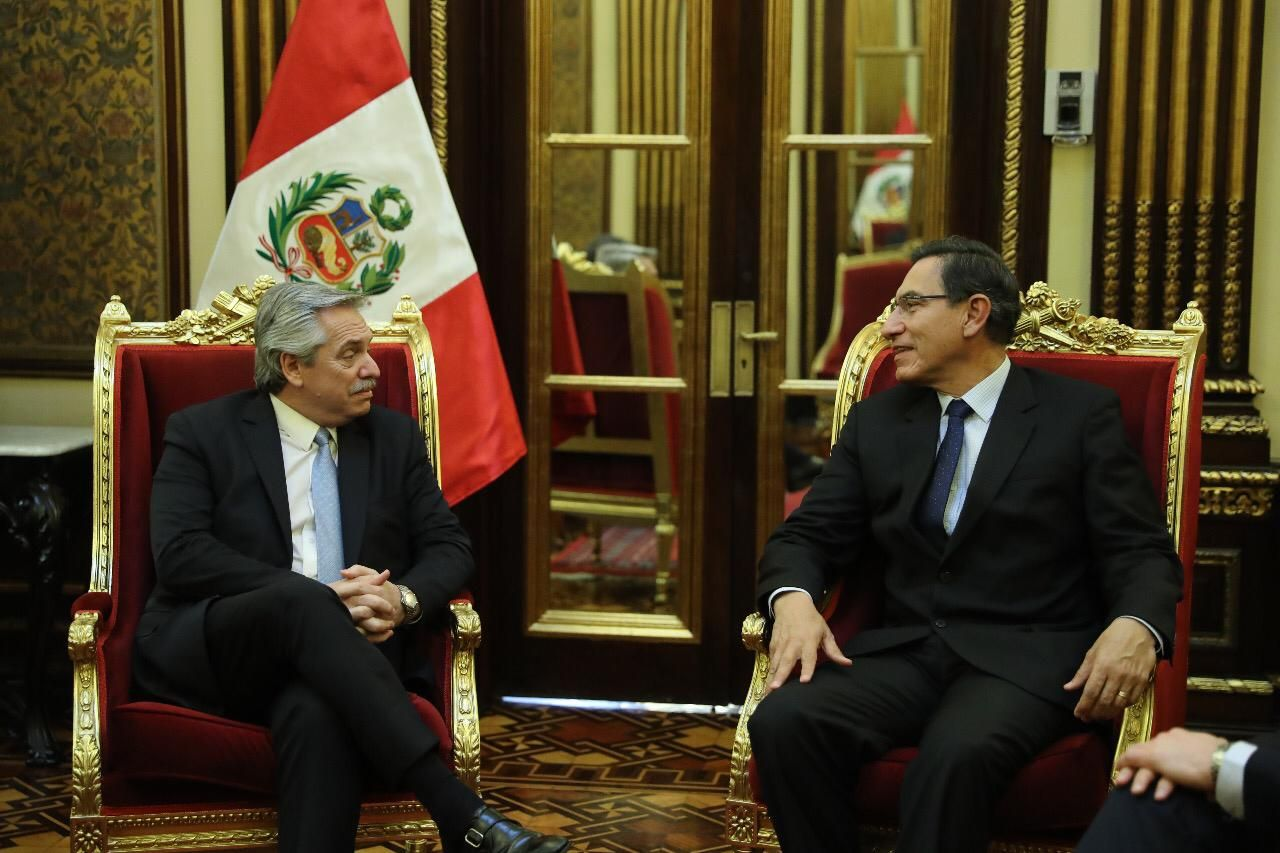 Tras reunirse con Evo Morales, Alberto Fernández se encontró con el presidente de Perú, Martín Vizcarra