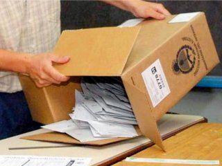 los cambios en el sistema del escrutinio provisorio aprobaron este sabado el primer examen