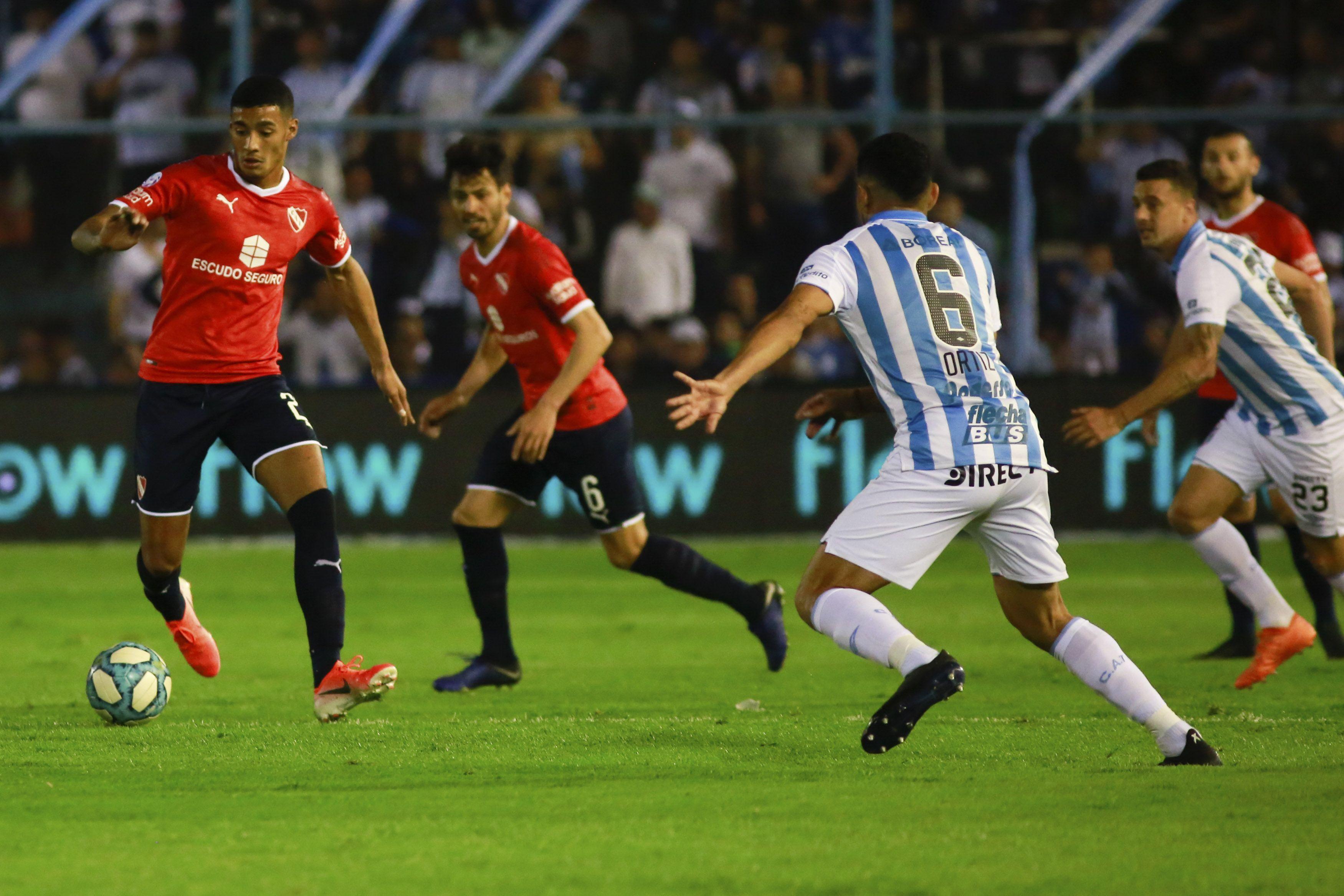 Independiente le ganó a Atlético Tucumán y dio el primer paso para salir de la crisis