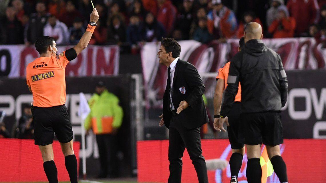 Todas las polémicas de Andrés Merlos en el triunfo de Vélez ante River