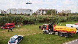 Bomberos y policías buscan al bebé que una pareja arrojó al Río
