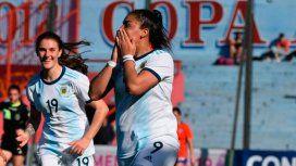 Balearon a una jugadora de la Selección argentina durante el velorio de su hermano