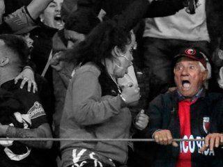 Omar tiene 78 años y viajó 40 horas en micro para ver a su Colón de Santa Fe ser finalista de la Sudamericana