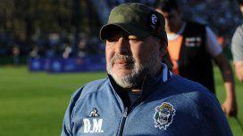 Maradona le pidió perdón a los hinchas de Gimnasia: Con River no se puede