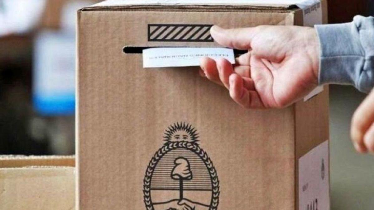 Elecciones en Mendoza: 1.400.000 votantes deciden quién será el nuevo gobernador
