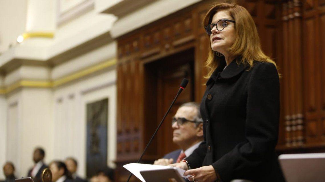 Perú: renunció la presidenta interina Mercedez Aráoz