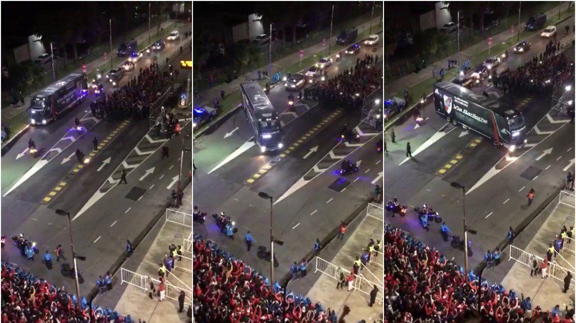 VIDEO: Así fue el ingreso de River a su estadio para enfrentar a Boca