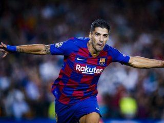 con dos golazos de suarez, barcelona le gano al inter en el camp nou