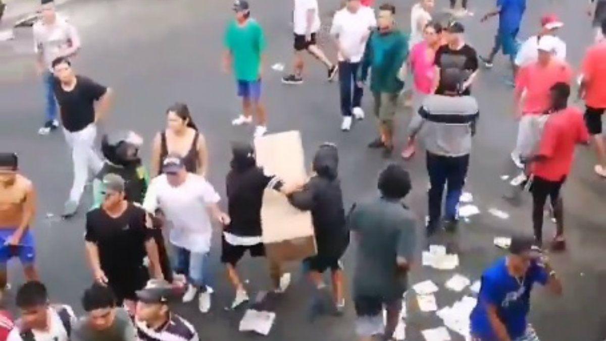 Denunciaron saqueos en Guayaquil a pesar del estado de excepción