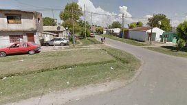 Un nene jugaba en la vereda y murió atropellado por un patrullero