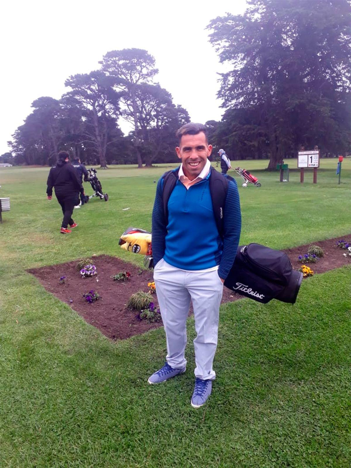 Para relajarse antes del Superclásico, Tevez viajó a Mar del Plata a jugar al golf