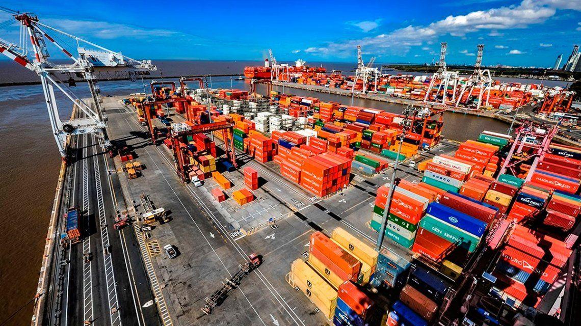 Portuarios llaman a un paro en repudio a la privatización de la terminal de Buenos Aires