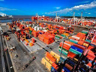 el gobierno dio marcha atras con la designacion de nuevas autoridades en el puerto de buenos aires