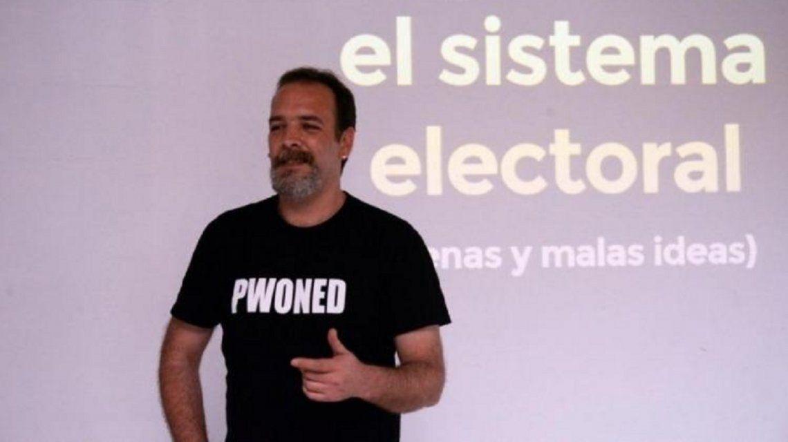 Demoraron nueve horas al experto en informática Javier Smaldone