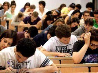 macri prometio premios para los estudiantes de las becas progresar