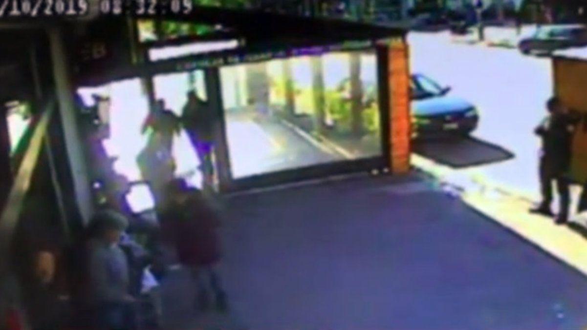 VIDEO: Así fue el robo de $6 millones a un camión de caudales en apenas 12 segundos