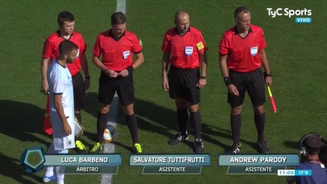 Un asistente de Argentina vs Ecuador se llama Salvatore Tuttifrutti