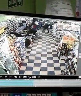 Mataron a un policía durante un asalto a un supermercado