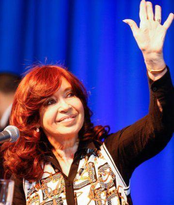 Cristina cruzó a Macri por sus dichos sobre la deuda y lo acusó de fomentar la fuga de dólares