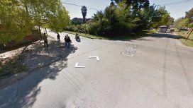 Un motociclista chocó contra la puerta abierta de un auto