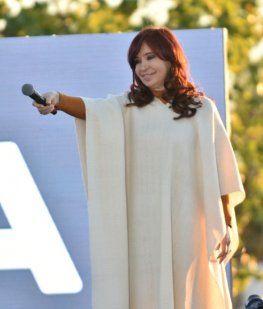 CFK repudió la autoproclamación de Añez: Se instaló una nueva moda