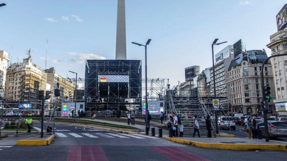 El escenario ya está montado en la 9 de Julio a la espera del acto de este sábado.