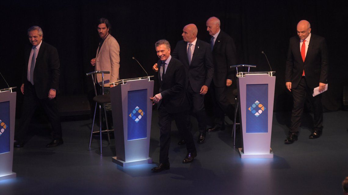 VIDEO: Tras el segundo debate, el saludo de los candidatos a presidente